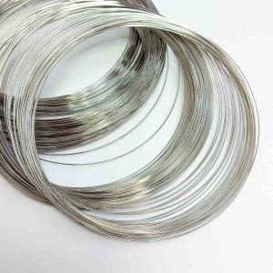 Проволока с памятью 11,5 см, толщина 0,6мм, цвет серебро