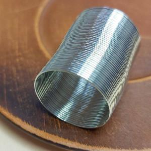 Проволока с памятью 2 см для колец, толщина 0,6мм, цвет серебро