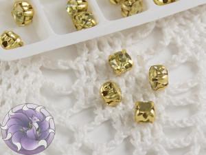 Шатоны 4мм цвет Jonquil оправа цвет золото