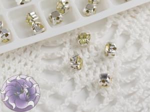Шатоны 4мм цвет Jonquil оправа цвет серебро