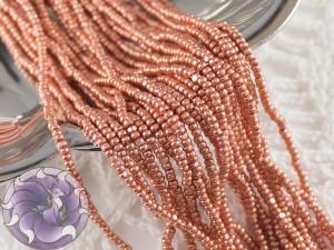 Бисер шарлотка 13/0 на нитке Metallic Light Copper Terra dyed