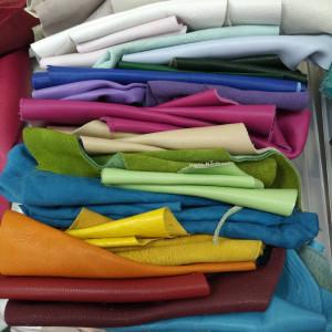 Кусочки натуральной кожи для рукоделия микс из цветной палитры