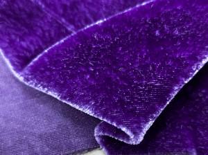 Шелковый бархат натуральный ручного окрашивания Цвет темно сине фиолетовый