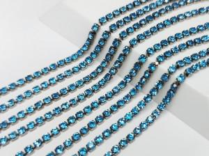 Стразовая цепь BN126 2мм ss6 Основа черная Цвет Aquamarine