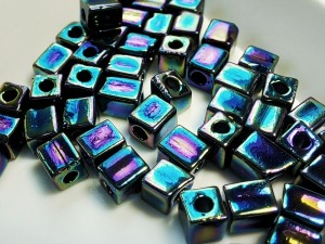Бисер кубики 4мм 5г Miyuki Square Bead Цвет MET VARIEGATED BLUE IRIS