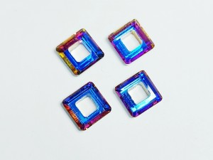 Кристалл квадрат с отверстием 10мм, цвет Сине фиолетовый