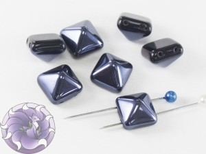 Pyramid beads 2-hole 12x12mm Jet Lagoon