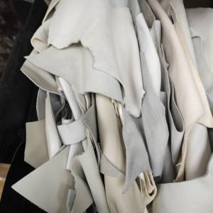 Кусочки натуральной кожи для рукоделия микс из белой-бежевой палитры