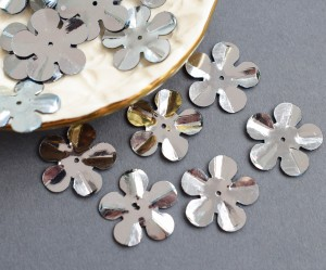 Пайетки фигурные, 5г, форма цветок 20мм, цвет серебро, 5133
