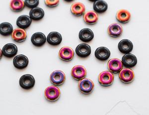 O bead ® 2 x 4 mm JET SLIPERIT