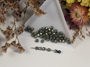 Fire polished 4mm Chalk White Blue Luster