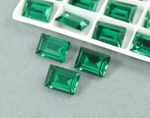 Кристалл форма Багет 10*14мм, цвет Изумруд