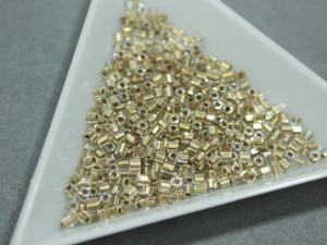 Бисер 5г TOHO- Hexagon 11/0 Gold- Lined Rainbow Crystal