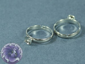 Основа для кольца регулируемая для жемчуга 6мм Цвет серебро
