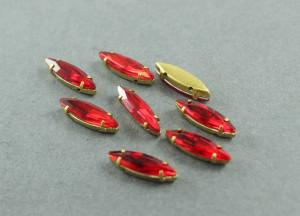 Кристалл Маркиз 15*4мм в золотой оправе, Цвет Красный