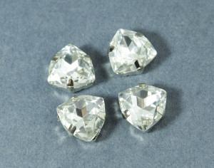 Кристалл форма Триллион 12мм, цвет Прозрачный, оправа серебро