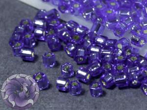 Бисер 5г TOHO- Hexagon 11/0 Silver-Lined Sapphire