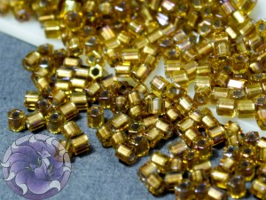 Бисер 5г TOHO- Hexagon 11/0 Gold-Lined Rainbow Topaz