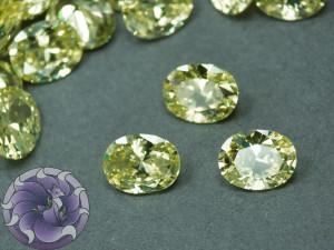 Кристалл фианит Овал 8х10мм Цвет Светло оливковый