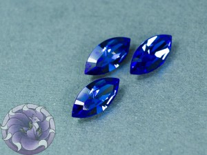 Кристалл маркиз 4228 Swarovski 15х7мм цвет SAPPHIRE