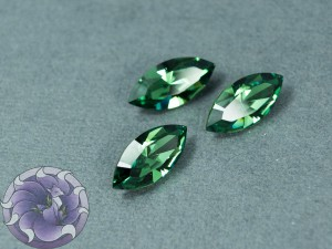 Кристалл маркиз 4228 Swarovski 15х7мм цвет ERINITE