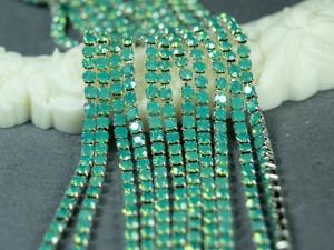 Стразовая цепь 2мм зеленый опал в серебре ss6 SOP112