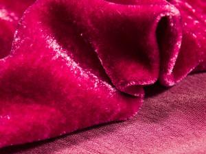 Шелковый бархат натуральный ручного окрашивания Цвет Красный