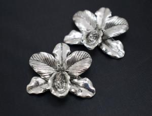 Коннектор подвеска для украшений 38х35мм Орхидея цвет Серебро